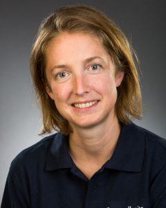 JULIA MÖLLER Masseurin